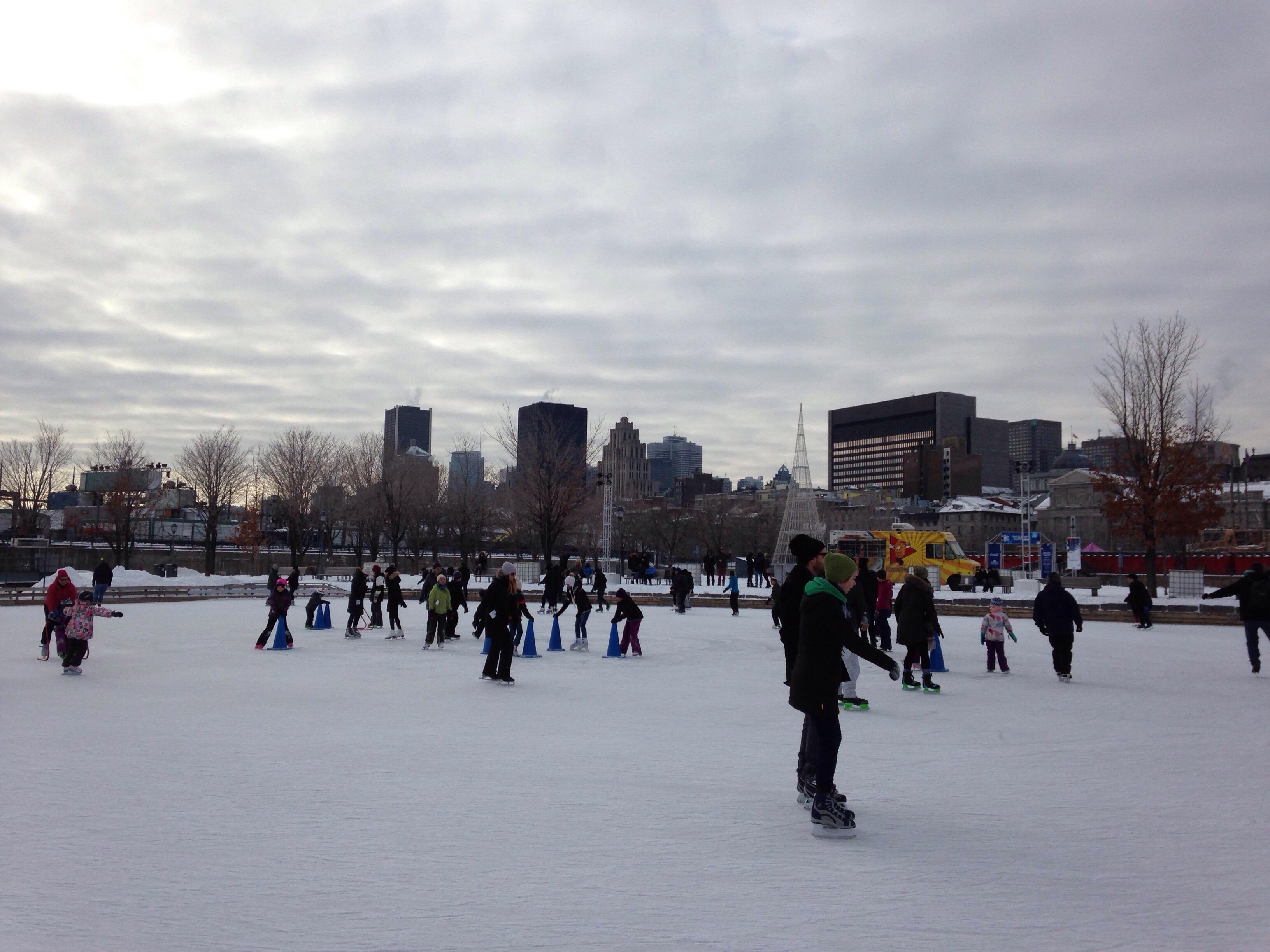 Patinage au Vieux Port de Montréal